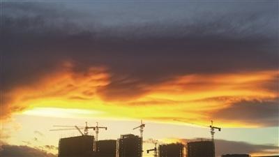 """台风带来""""夕阳红"""""""