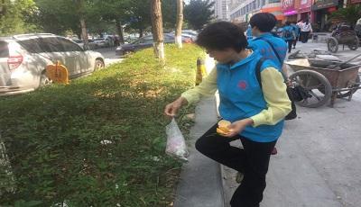 """奋战3个月:""""门前三包""""我负责 志愿服务在行动!"""